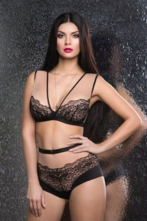 Femme Fatale bralette bra with soft cups Black